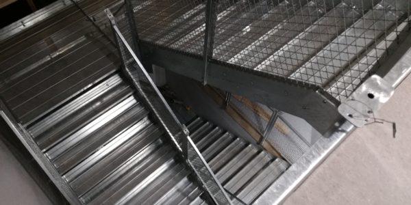 Varm galvanisert trapp