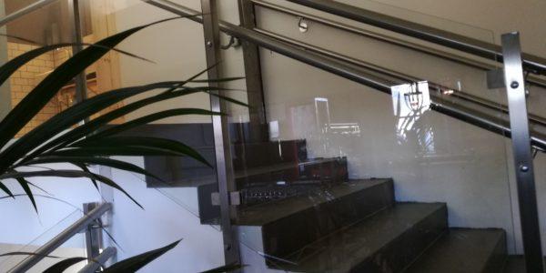 Trapp glassrekkverk